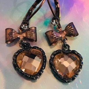 Vintage Betsey Johnson heart earrings bronze bow